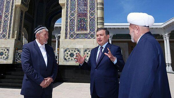Shavkat Mirziyoyevning Samarqand viloyatiga tashrifi - Sputnik Oʻzbekiston