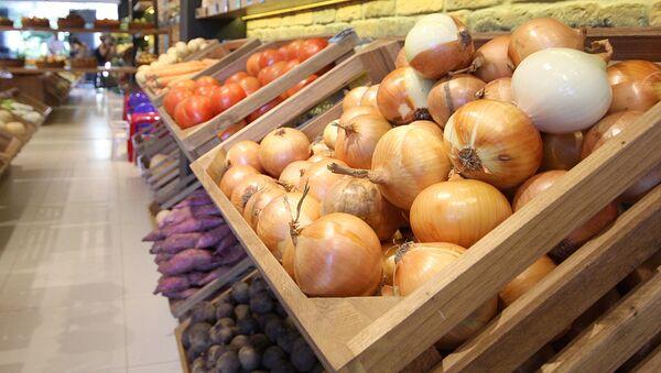 Овощи в магазине - Sputnik Ўзбекистон