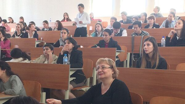 Студенты в аудитории в Ташкенте - Sputnik Ўзбекистон