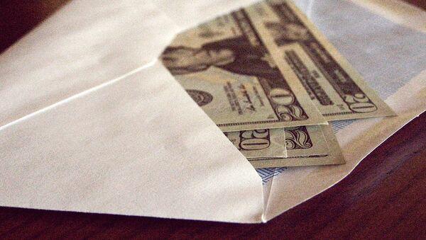 Доллары в конверте - Sputnik Узбекистан
