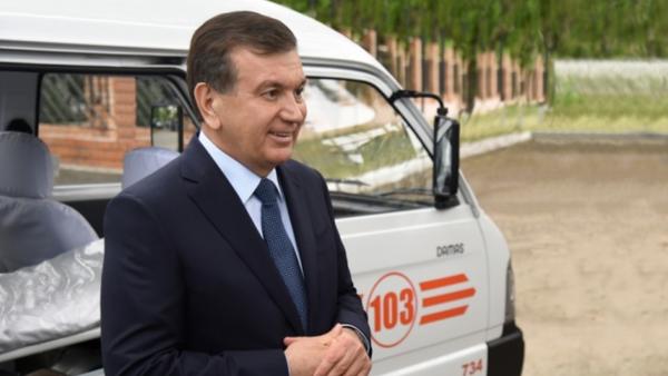 Шавкат Мирзиёев посетил семейную поликлинику в Яшнабаде - Sputnik Ўзбекистон