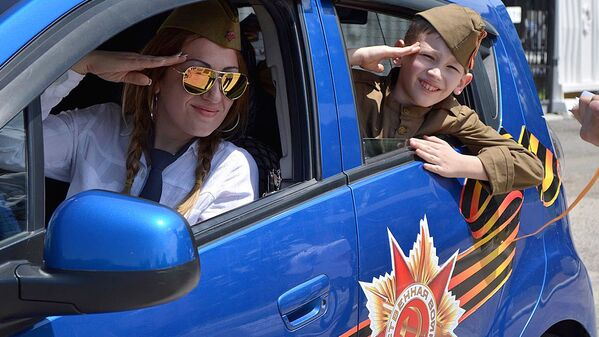 Автопробег, посвященный Дню Победы в Ташкенте - Sputnik Узбекистан