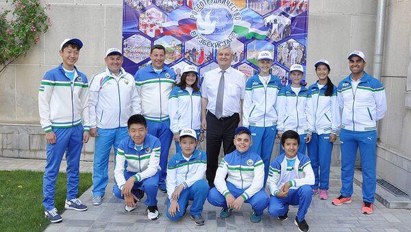 В Ташкенте прошла встреча с участниками III Всемирных игр юных соотечественников - Sputnik Узбекистан