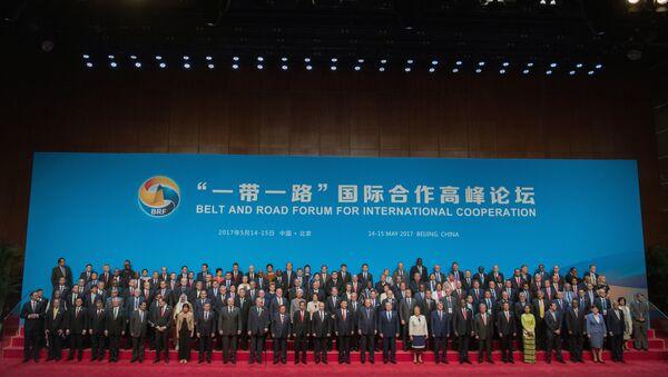 Rabochaya poyezdka prezidenta RF V. Putina v Kitay - Sputnik Oʻzbekiston