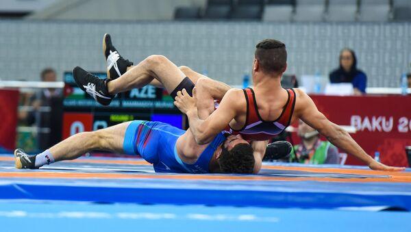 Финалы греко-римской борьбы в весовых категориях 59, 71, 80, 98 килограмм IV Игр Исламской солидарности - Sputnik Узбекистан