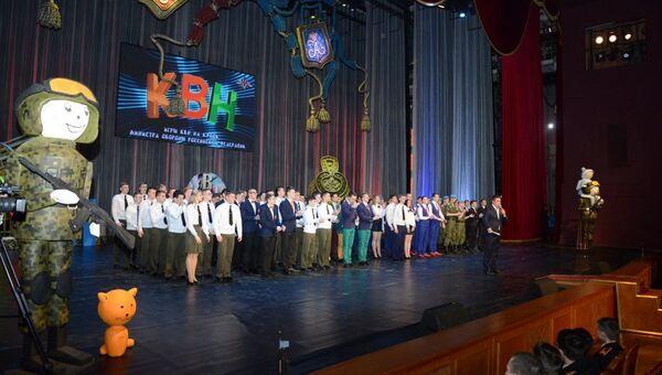 KVN v teatre Rossiyskoy Armii - Sputnik Oʻzbekiston