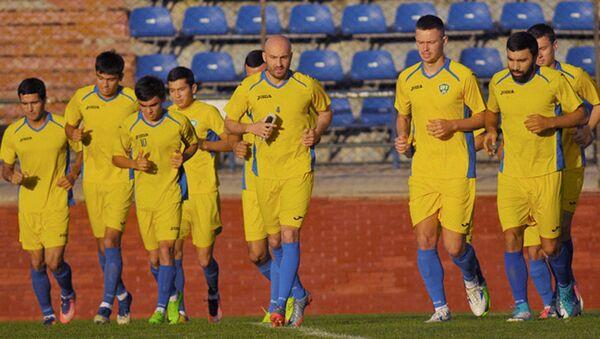Сборная Узбекистана по футболу готовится к матчам с Таиландом и Ираном - Sputnik Ўзбекистон