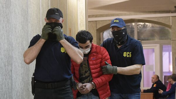 Рассмотрение ходатайства следствия об аресте обвиняемых в подготовке терактов в Москве в Мещанском суде столицы - Sputnik Ўзбекистон