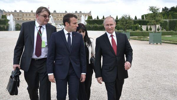 Официальный визит президента РФ В. Путина в Париж - Sputnik Ўзбекистон