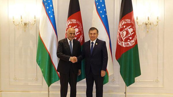 Шавкат Мирзиёев встретился с президентом Исламской Республики Афганистан Ашрафом Гани - Sputnik Узбекистан