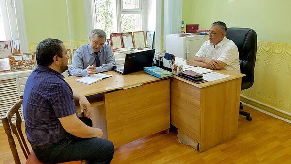 Rabochiy vizit Pervogo sekretarya konsulskogo otdela Posolstva Respubliki Uzbekistan v Rossiyskoy Federatsii Raupova Shukurullo v Astraxanskuyu oblast - Sputnik Oʻzbekiston