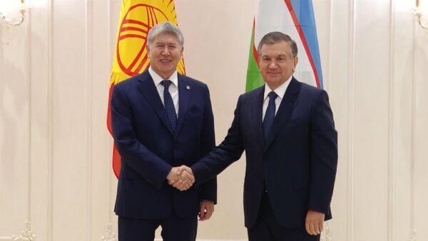 Mirziyoyev Atamboyevga: bizning oramizda chegara boʻlmasligi kerak - Sputnik Oʻzbekiston