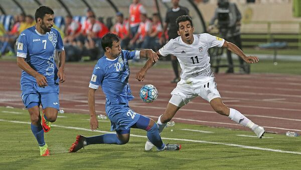 Матч между сборными Ирана и Узбекистана по футболу - Sputnik Узбекистан