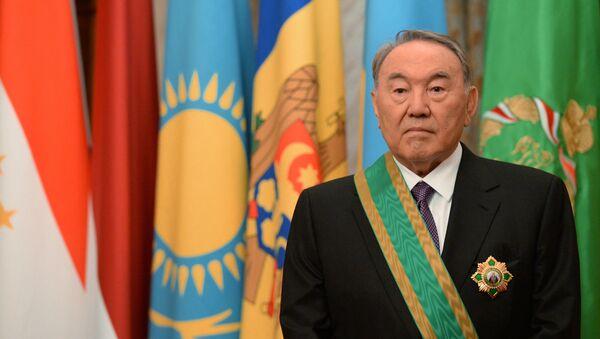 Patriarx Kirill vruchil orden Sergiya Radonejskogo prezidentu Kazaxstana N. Nazarbayevu - Sputnik Oʻzbekiston