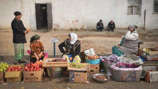 Зеленый рынок в Душанбе - Sputnik Ўзбекистон