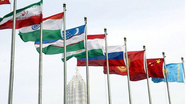 Флаги стран-участниц ШОС - Sputnik Ўзбекистон