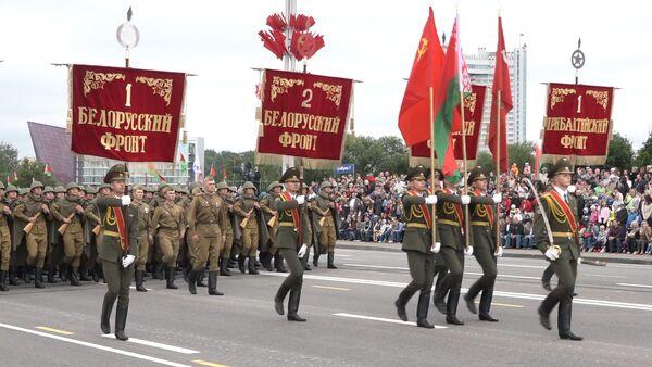 Танки, тракторы и самолеты: парад к 3 июля - Sputnik Ўзбекистон