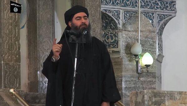Лидер Исламского государства (ИГ, запрещена в РФ) Абу Бакра аль-Багдади - Sputnik Ўзбекистон