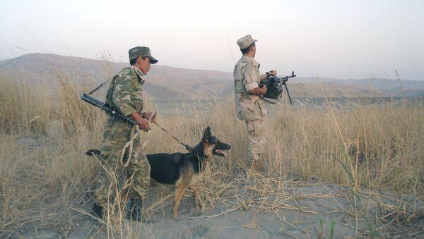 На таджикско-афганской границе - Sputnik Ўзбекистон