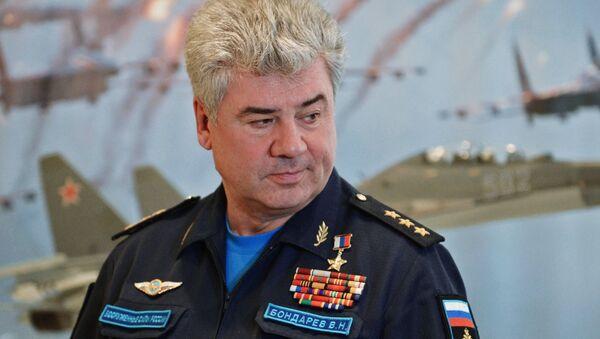 Командующий Воздушно-космическими силами РФ генерал-полковник Виктор Бондарев - Sputnik Узбекистан