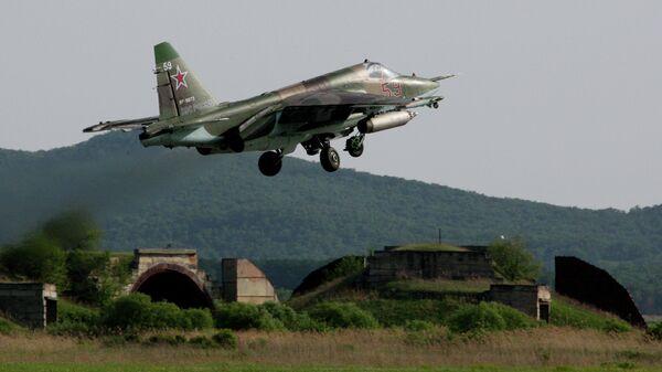 Штурмовик Су-25 СМ ВВС России - Sputnik Узбекистан