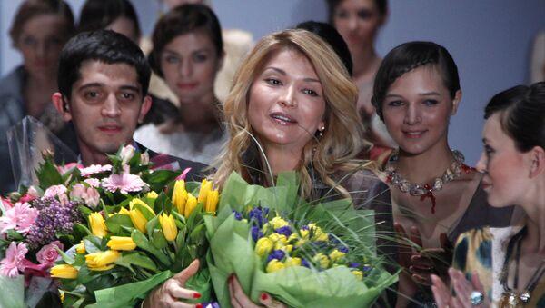 Показ GULI, авторского бренда Гульнары Каримовой, на Неделе моды Merсedes-Benz Fashion Week - Sputnik Ўзбекистон