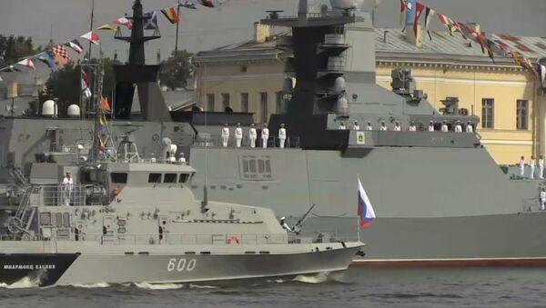 Voyenno-morskoy parad v Sankt-Peterburge v chest Dnya VMF - Sputnik Oʻzbekiston