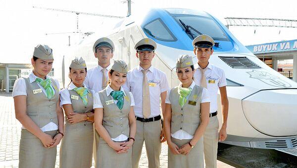 Сотрудники узбекских железных дорог - Sputnik Узбекистан
