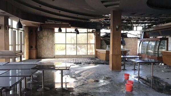 На месте пожара в здании Angel's Cafe в Ташкенте - Sputnik Ўзбекистон