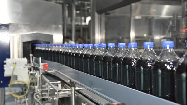 Американцы запустили в Узбекистане производство еще одной Колы – RC Cola - Sputnik Ўзбекистон