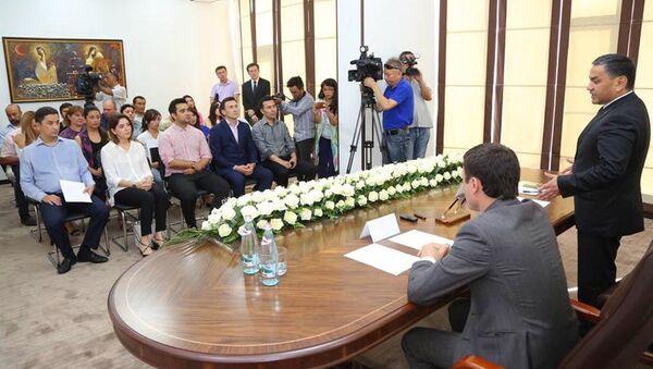 В Центре развитии кинематографии с Союзом молодёжи Узбекистана учреждён Союз молодых кинематографистов - Sputnik Узбекистан