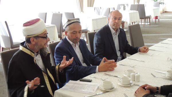 Визит имамов Узбекистана в Свердловскую область - Sputnik Узбекистан