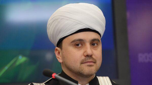 Zamestitel predsedatelya Soveta muftiyev Rossii Rushan Abbyasov, arxivnoye foto - Sputnik Oʻzbekiston
