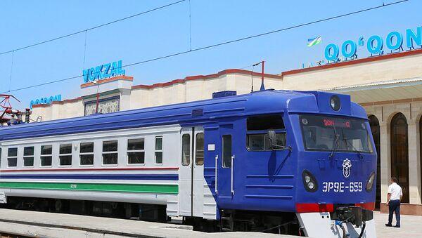 Электропоезд - Sputnik Узбекистан