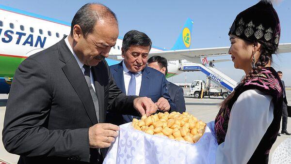 Премьер-министр Узбекистана Абдулла Арипов прибыл с рабочим визитом в Кыргызстан - Sputnik Узбекистан