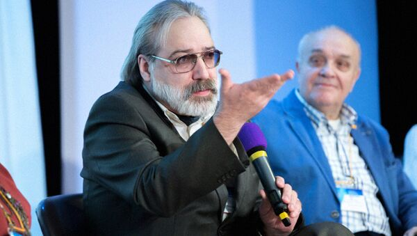 Кинокритик Александр Шпагин - Sputnik Узбекистан