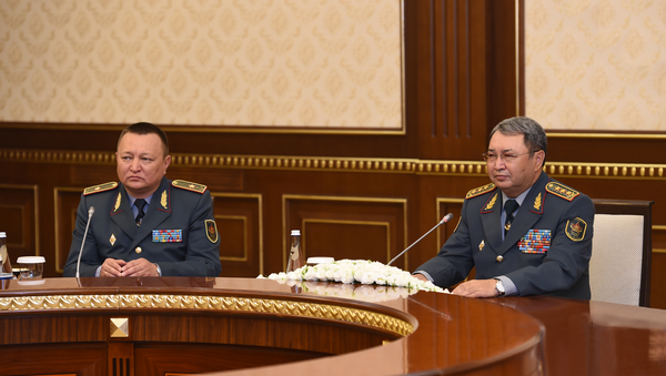 Министр обороны Республики Казахстан Сакен Жасузаков - Sputnik Узбекистан