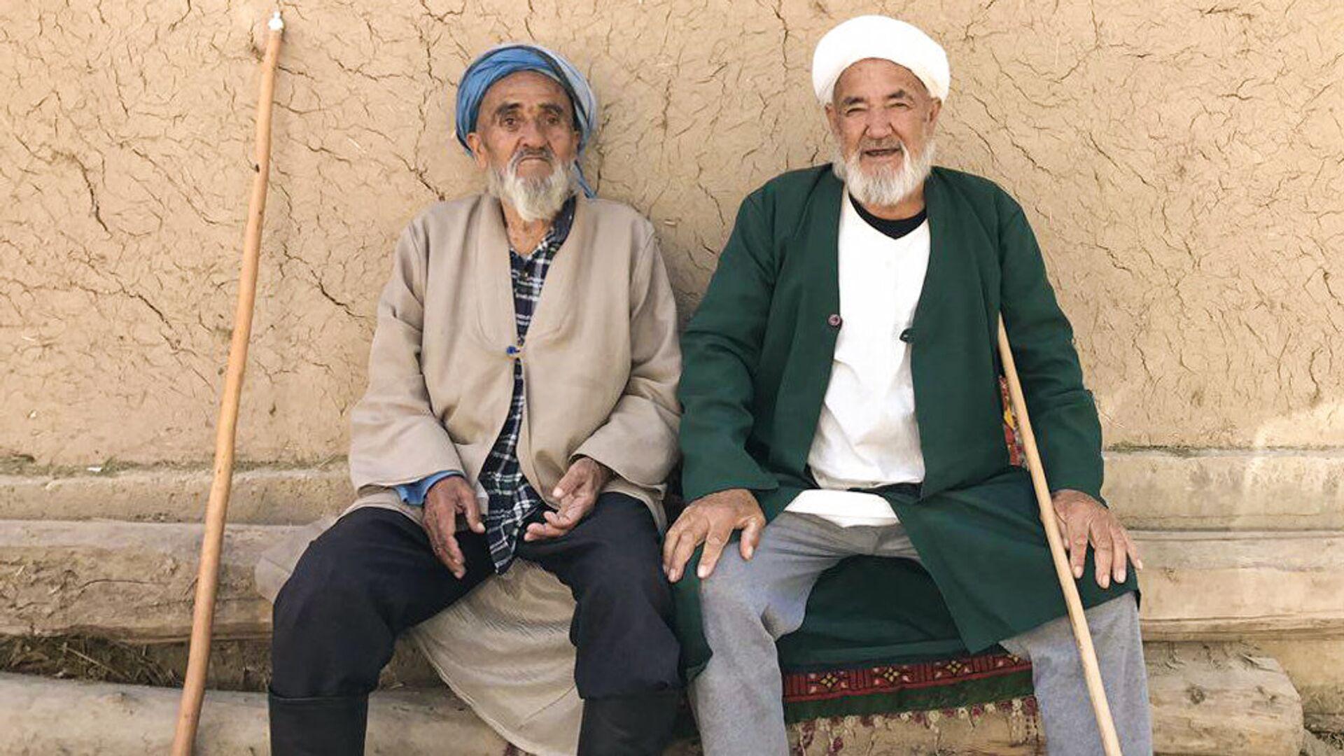 Жители поселка Гилан - Sputnik Узбекистан, 1920, 06.10.2021