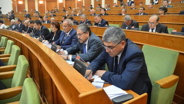 Пленарное заседание Сената Олий Мажлиса Республики Узбекистан - Sputnik Ўзбекистон