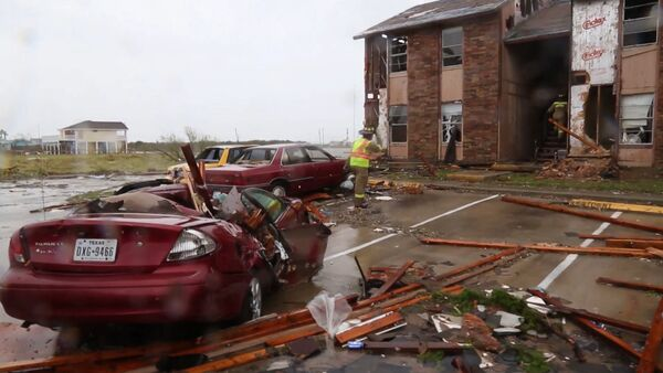 СПУТНИК_Последствия урагана Харви в американском Рокспорте - Sputnik Узбекистан