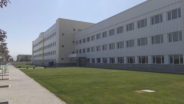 На территории свободной экономической зоны Ангрен введен в эксплуатацию завод про производству керамической плитки - Sputnik Ўзбекистон