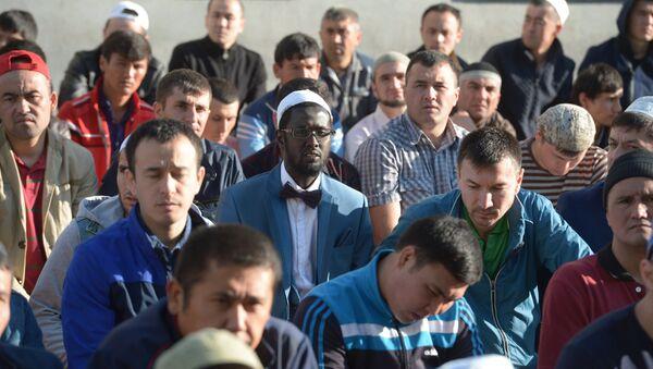 Празднование Курбан-байрама в Москве - Sputnik Узбекистан