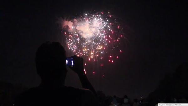 Праздничный салют в Ташкенте в День независимости - Sputnik Ўзбекистон