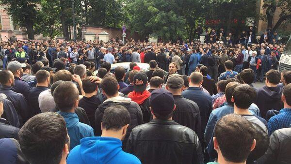 Митинг у посольства Мьянмы в поддержку мусульман - Sputnik Ўзбекистон