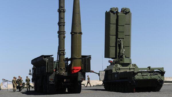 Зенитно-ракетный комплекс С-400 Триумф - Sputnik Ўзбекистон