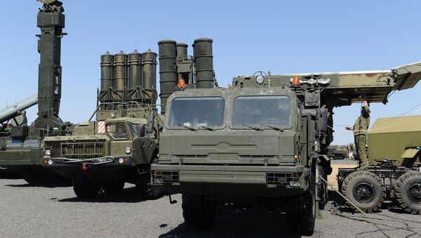 Подготовка военной техники к форуму Армия-2017 в Ростовской области - Sputnik Ўзбекистон