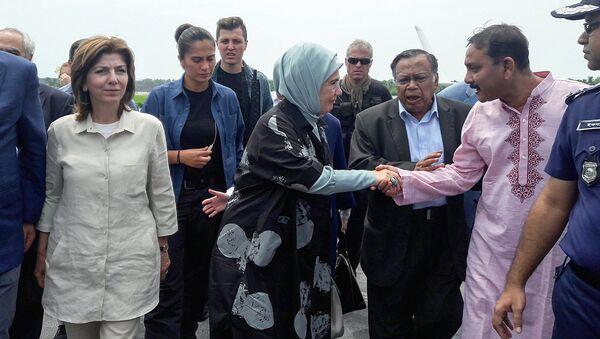 Эрмине Эрдоган прилетела чтобы встретиться с беженцами из Мьянмы - Sputnik Ўзбекистон