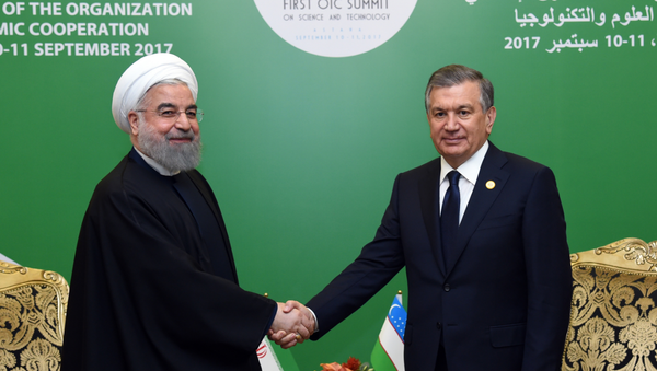 Шавкат Мирзиёев и Хасан Рухан - Sputnik Узбекистан