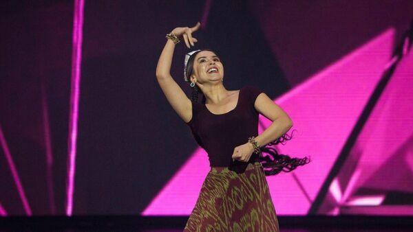 Карина Захарова, участница шоу Танцы на ТНТ - Sputnik Узбекистан