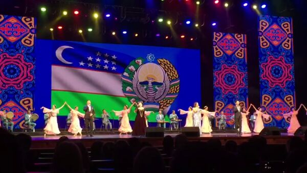 В Кремлевском дворце открылись Дни Узбекистана в России - Sputnik Узбекистан